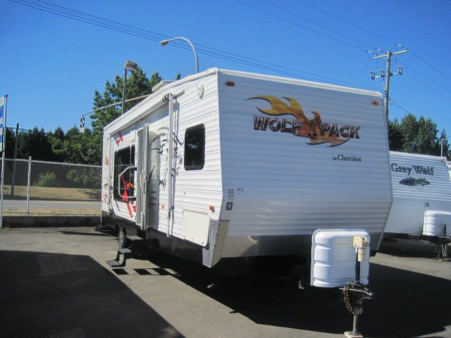CWT262 2007 Cherokee Wolf Pack 26WP Toy Hauler