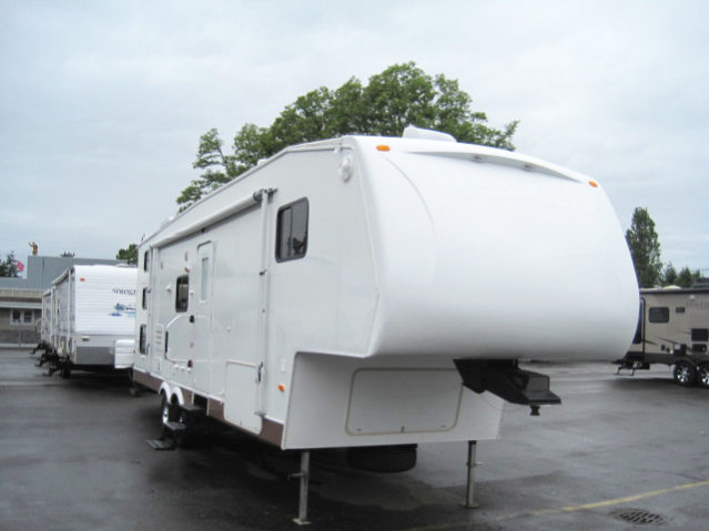 CDW282 2008 Denali 28LBBS 4-Season Fifth Wheel