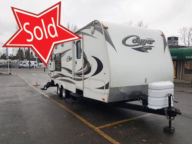 CCT243 2011 Cougar 24RKS Travel Trailer
